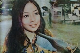Nguyễn Thị Túy Phượng – người nhận được giải thưởng trang phục đẹp nhất tại Liên hoan nhạc Pop tổ chức tại Sài Gòn ngày 30/1/1972.