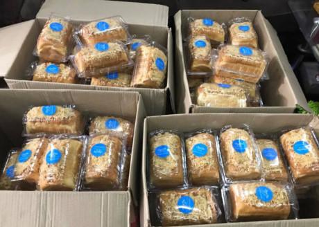 Bánh chuẩn bị mang giao khách. Ảnh Chu chu Food MAT