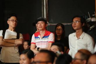 5. NSUT Hoai Linh de n phim truong xem Kich cung Bolero (4)