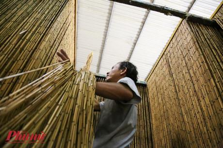 Nguyên liệu trúc chủ yếu lấy từ các tỉnh Cà Mau, Tây Ninh và huyện Củ Chi, TP.HCM.