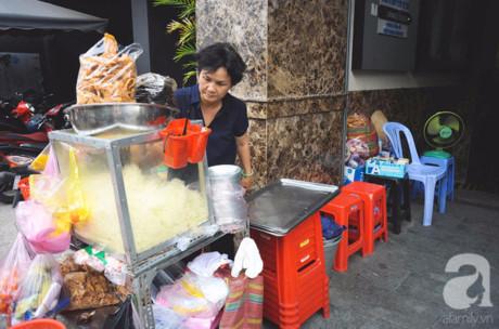Dì Sáu luôn biết ơn Sài Gòn và cái xe gỏi khô bò của chị mình 'khai sinh' ra.