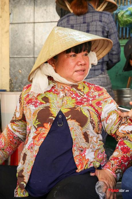 Mọi người hay gọi vui cô Tuyết là Khánh Ly của khu chợ Gò Vấp.
