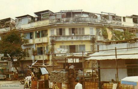 Một khu chung cư điển hình của Sài Gòn trước 1975.