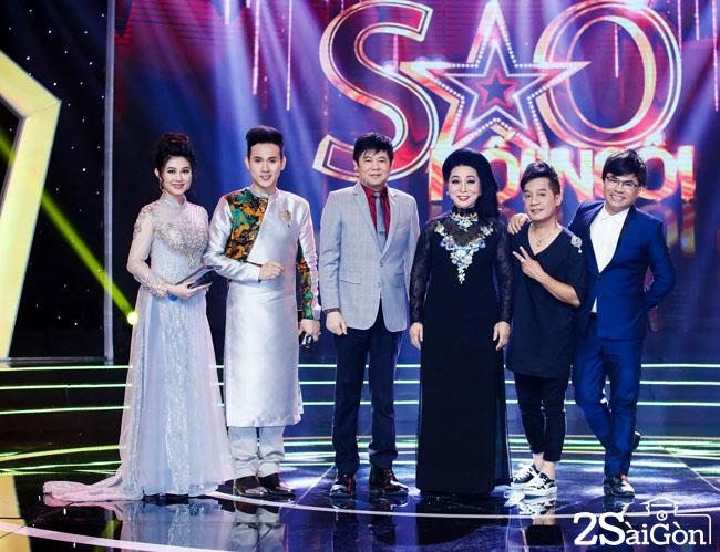 Giam khao va MC chuong trinh (2)