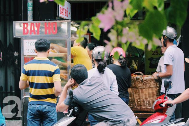 Những thị dân Sài Gòn mấy ai mà không biết tới xe bánh mì trứ danh này?