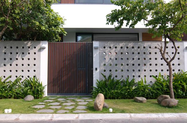 Nét kiến trúc hiện đại và sang trọng trong thiết kế tạo nên ngôi nhà như khách sạn 5 sao khiến bất kỳ ai cũng trầm trồ khen ngợi.