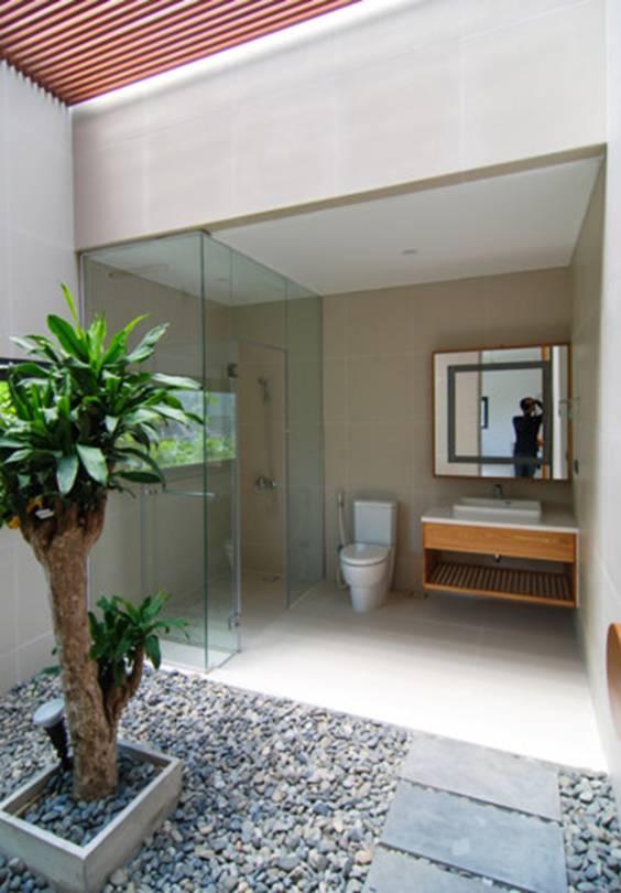 Phòng tắm hiện đại và rất tiện nghi.