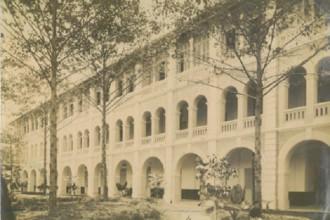 Một trường trung học tư thục công giáo ở Sài Gòn cuối thế kỷ 19. Ảnh tư liệu
