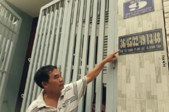 Ông Nguyễn An Ninh dù có số nhà mới nhưng vẫn phải dùng số cũ vì chưa đổi được trên giấy tờ