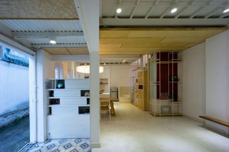 Tầng 1 ngôi nhà rất rộng rãi và thoáng đãng so với diện tích thực của nó là 50m2.