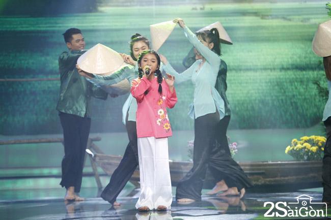 Phan trinh dien cua Thu Uyen 2