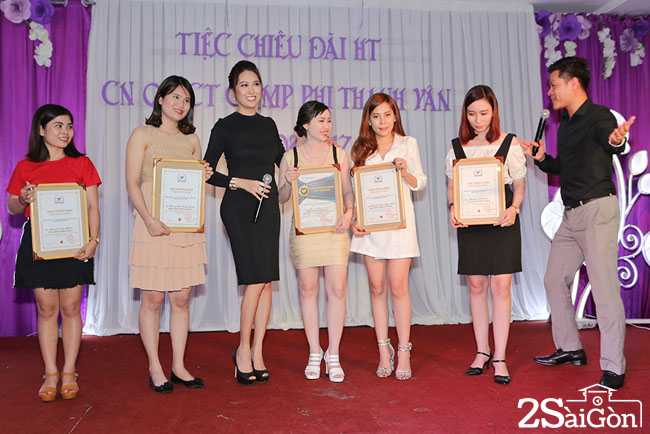Phi Thanh Van 9