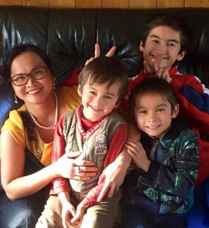 Sau hơn một năm vất vả học tập, chị Diệp muốn dành thời gian cho 3 cậu con trai và gia đình.