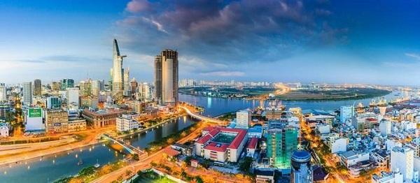 Chiều buông trên thành phố - Ảnh: Tuấn Nguyễn
