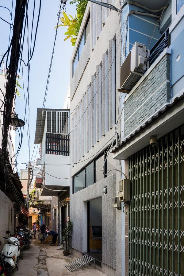 Nhà nằm trên diện tích đất 18 m2.