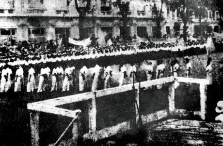 Cũng trong chiều ngày 2/9/1945, người dân tập trung dự lễ Độc lập ở Sài Gòn.