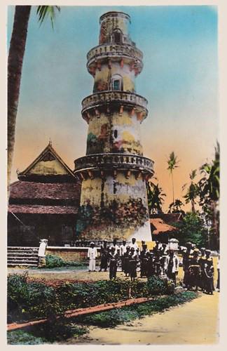 Tháp giáo đường Hồi giáo (minaret) của người Chăm ở Châu Đốc. Ảnh tư liệu.