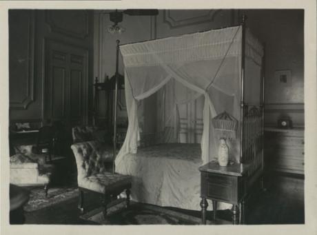 Một chiếc giường trong phòng ngủ. Ảnh tư liệu.