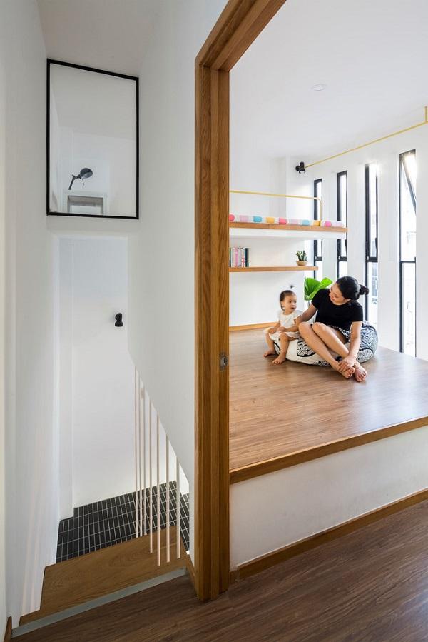 Tầng hai là không gian dành cho thành viên nhỏ tuổi của gia đình.