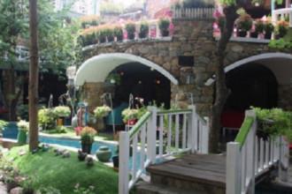 Kiến trúc của City House Cafe.
