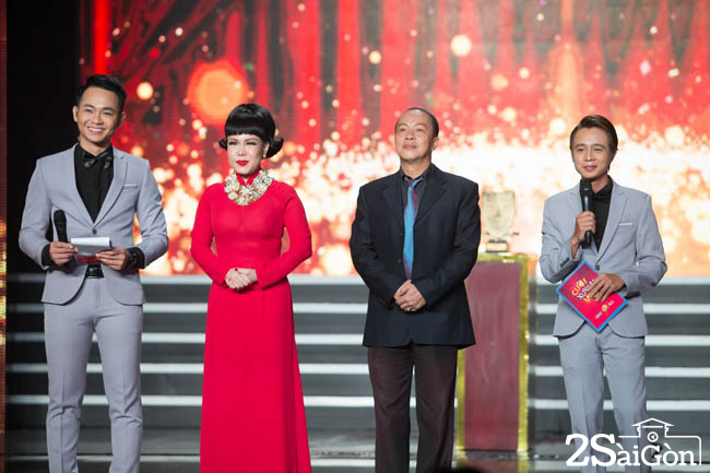 3. Giam khao Viet Huong - Duc Hai - MC Anh Tu va Tuan Dung