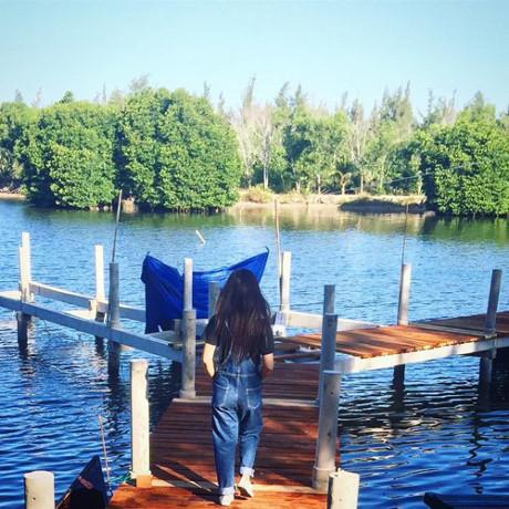 Đến với khu resort tại Vũng Tàu này bạn đừng quên hòa mình xuống bãi biển Suối Ồ trong xanh, mát rượi, cùng bạn bè trải nghiệm những hoạt động vui chơi thú vị như chèo thuyền kayak, thuyền phao, thử thách bản thân với đu dây zipline mạo hiểm hay nhẹ nhàng ngồi câu cá thư giãn,…