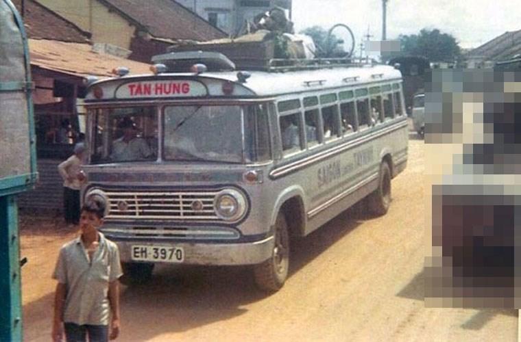 Một xe khách của nhà xe Tân Hưng chở tuyến Sài Gòn - Tây Ninh. Ảnh VT