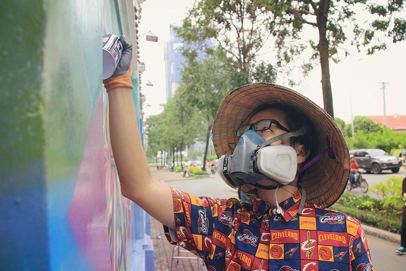 Chàng nghệ sĩ trẻ quyết định nghỉ học Đại học để theo đuổi đam mê ẢNH: LÊ NAM