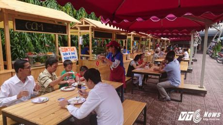 Các món ăn đa dạng nên các thực khách tha hồ lựa chọn khi đến đây.