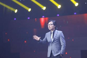 9. MC Dinh Tien Dung (23)
