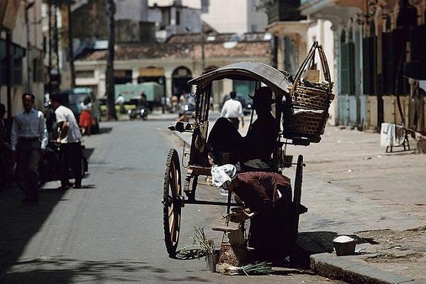 Jack Garofalo (1923 - 2004), là một nhiếp ảnh gia đường phố nổi tiếng tại Pháp. Nhắc đến ông, người ta thường nhớ đến bộ ảnh Harlem During The Summer Of 1970 với nhiều tấm ảnh xuất hiện trên trang bìa tạp chí Paris Match nổi tiếng.