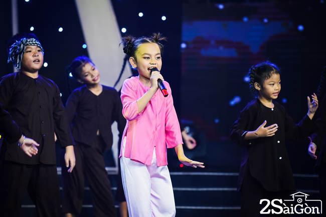 BAO NGU - ONG TRANG XUONG CHOI (5)