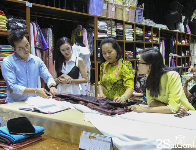 NTV & Lan Ngoc hoc may NTK Si Hoang 10