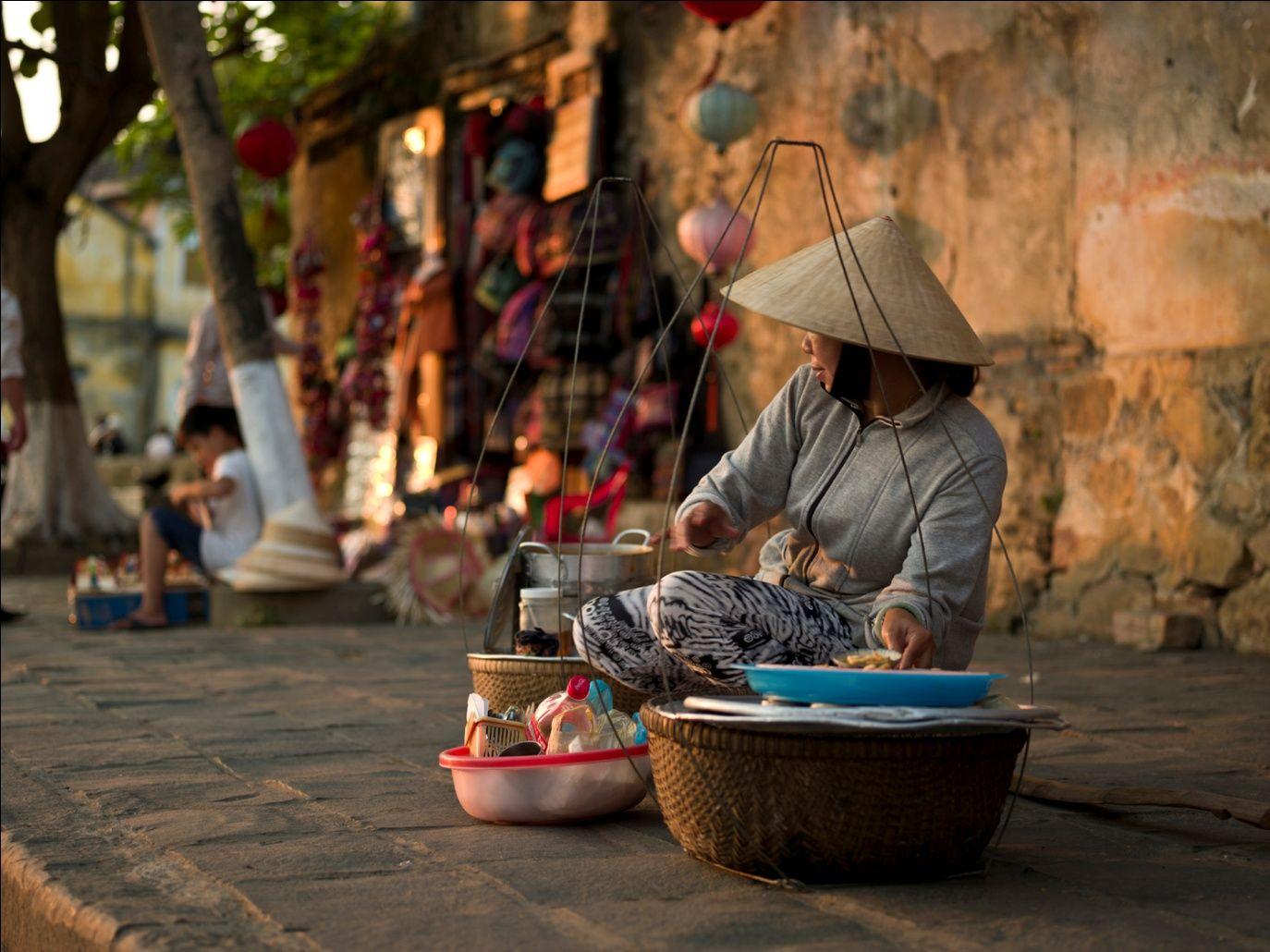 Sài Gòn bao dung với hàng triệu người dân tứ xứ. Ảnh: Internet