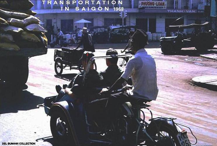 Ngã tư Trần Hưng Đạo - Huỳnh Quang Tiên, nay là ngã tư Trần Hưng Đạo - Hồ Hảo Hớn. Ảnh: 6thofthe31st.