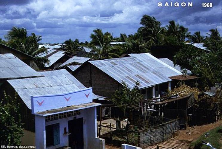 Những ngôi nhà tại một khu dân cư ngoại vi Sài Gòn. Ảnh: 6thofthe31st.