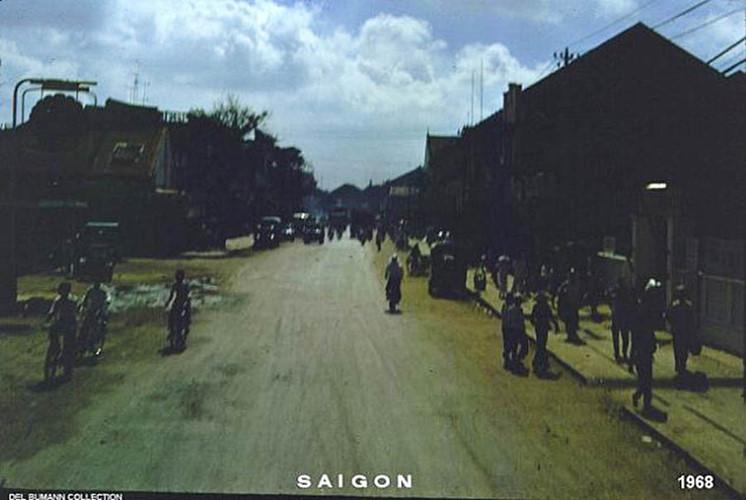 Một con đường ở khu Chợ Lớn.