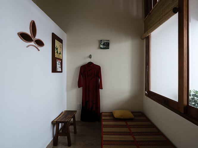 Phòng ngủ dành cho người già.