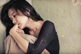 Tình yêu như thuốc độc, làm chị héo hon - Ảnh minh họa: Internet