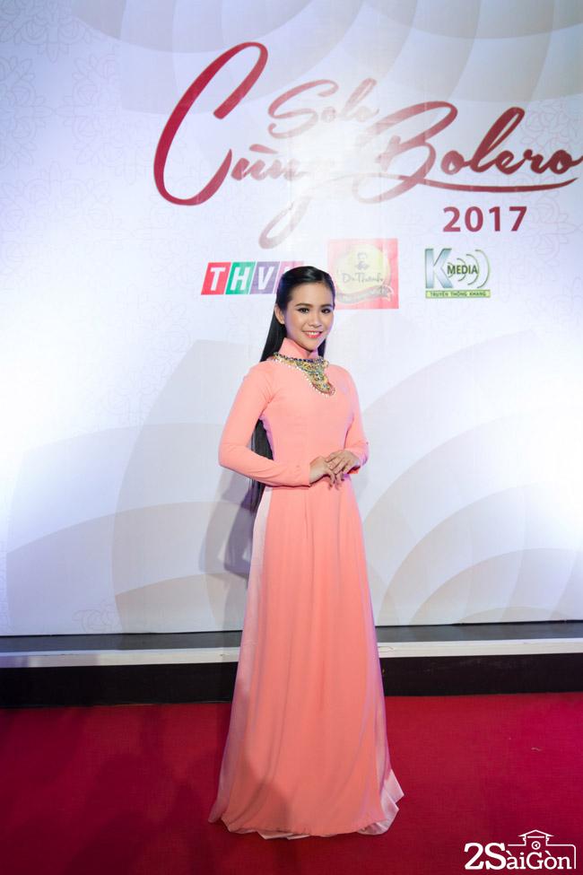 2. Thi sinh Quynh Trang - thien than Bolero (4)