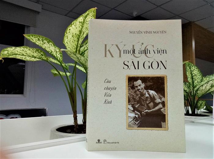Cuốn sách Ký ức một ảnh viện Sài Gòn - Câu chuyện Viễn Kính