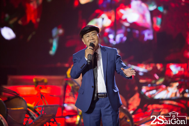7. Nghe si Vu Thanh hat don ca (1)