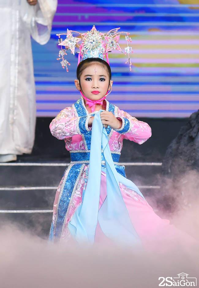 KHANH NHI - TIEN NU CUU DAN (2)