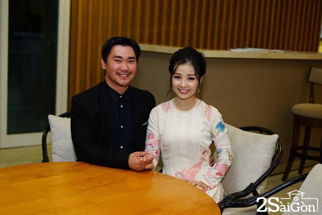 Khanh Hien cung chong James Ngo