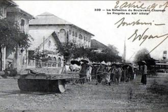 Lấp kênh Chợ Vải, làm đại lộ Charner, nay là Nguyễn Huệ - Ảnh tư liệu