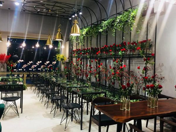 Không gian quá lý tưởng để hẹn hò (Nguồn: 38 Flower Market Tea House)