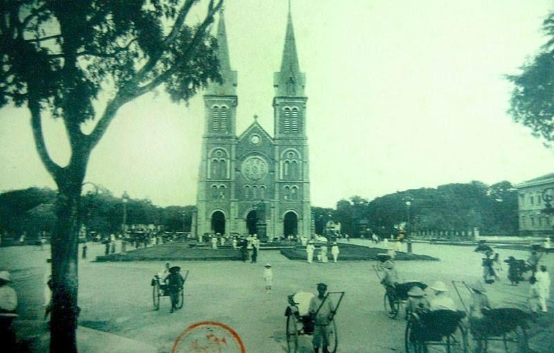 Đến năm 1990, hai tháp chuông được xây lên. Kiến trúc này được giữ cho đến ngày nay. (Ảnh: Internet)
