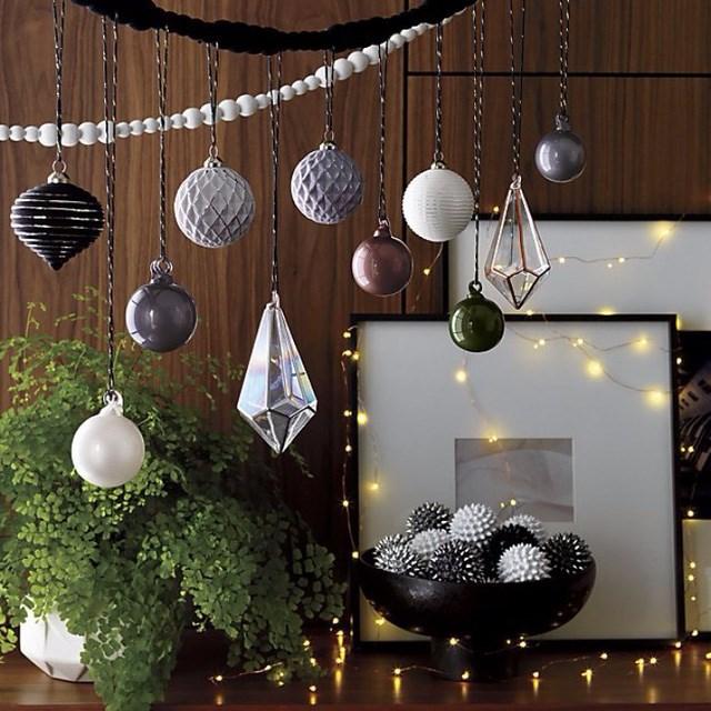 Đây cũng là một ý tưởng tuyệt vời mà bạn có thể thử với không gian nhà hiện đại nhân dịp đón Giáng sinh.