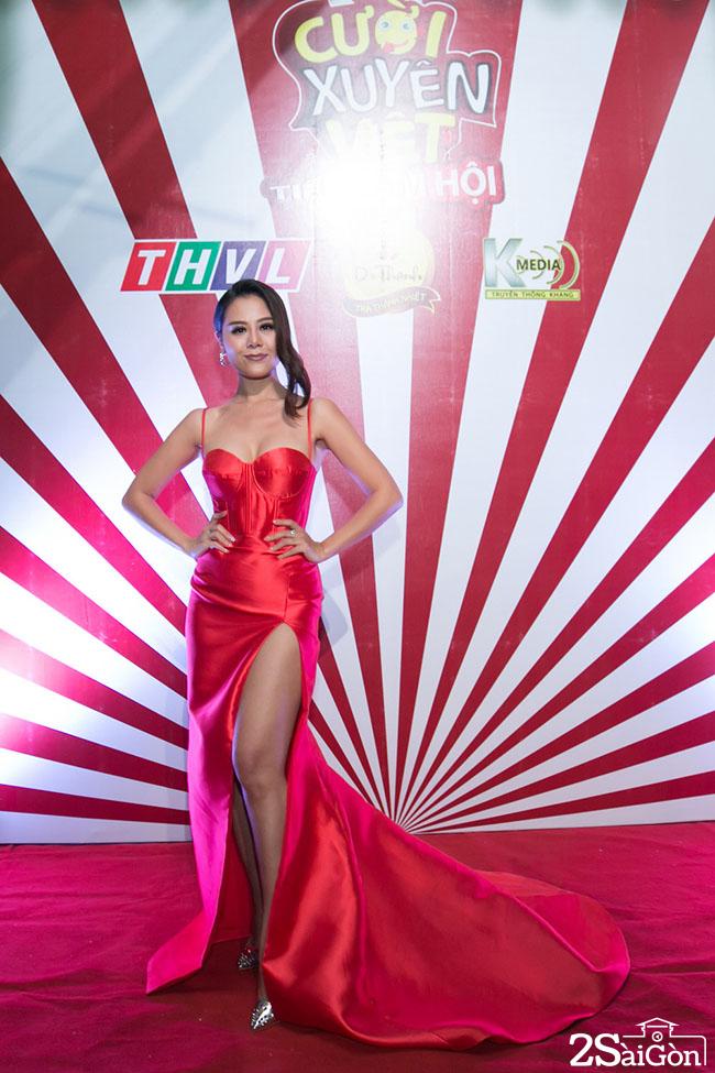 7. Binh luan vien Nam Thu (2)