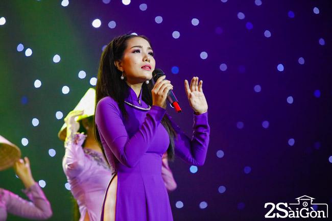 Thuy Huyen - Tinh xua gai Hue (2)